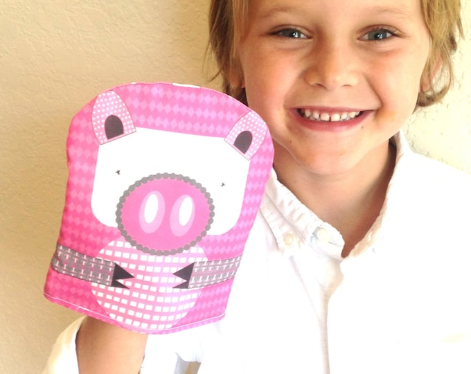 SALE---Reusable Snack Bag - SNUPPET™ snack puppet- Pig