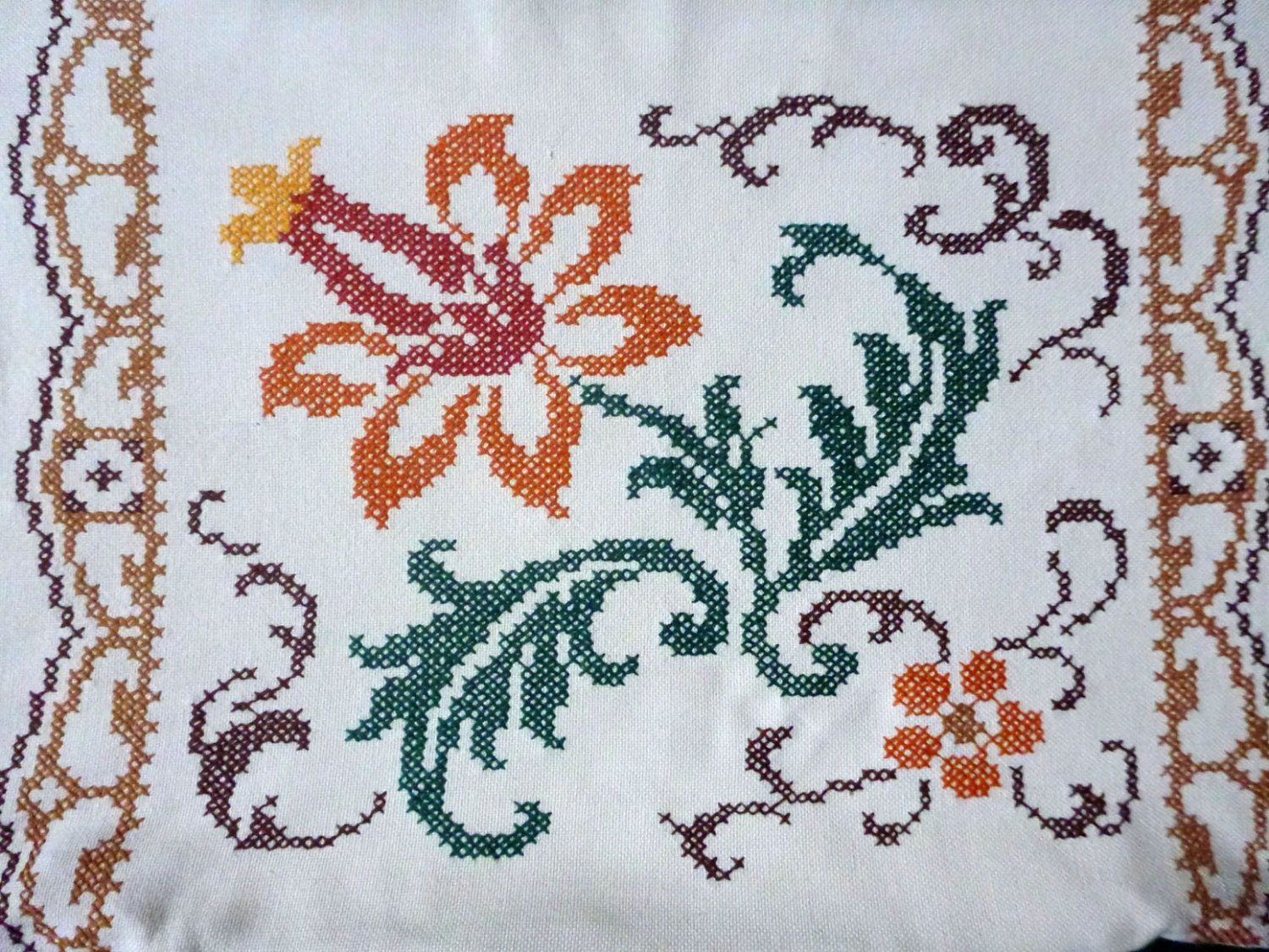 Vintage floral pillowcase embroidery pillow cover hand