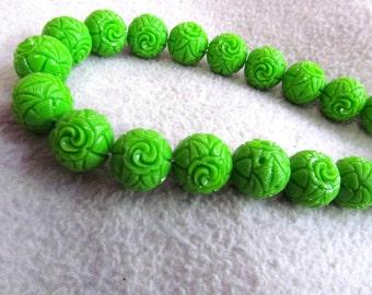 15%off--8-25mm full strand resin plastic gergous  round ball carved lemon green assortment  charm connector bead
