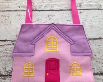 Felt Dollhouse, un paper doll house, Flat doll house