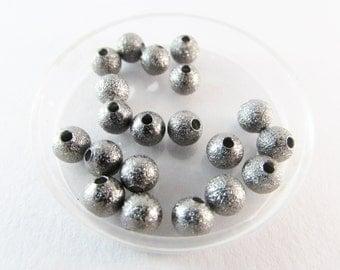D-00521 - 20 Stardust Beads 6mm