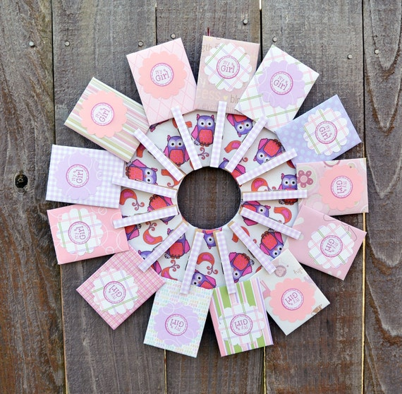 baby shower wreath // empty gift card holder // shower prize, Baby shower invitation