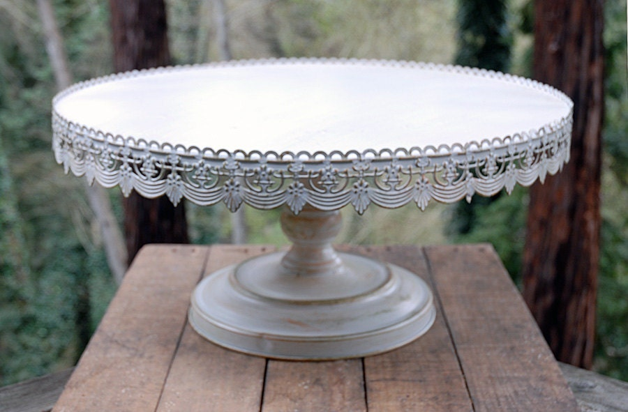 wooden wedding cake stand ireland vintage look cake stand plate simply beautiful from 27603