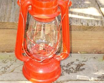 Vintage American Camper kerosene lantern, fully functional.