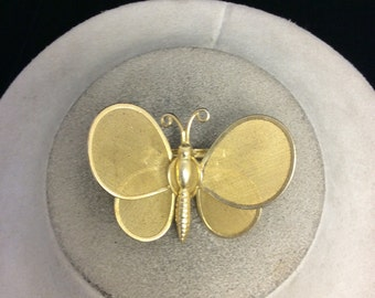 Vintage Goldtone Mesh Butterfly Pin