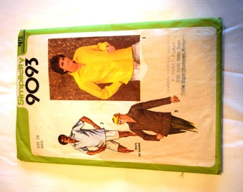 Vintage 1970s  Simplicity 9093 pullover top shirt sewing pattern