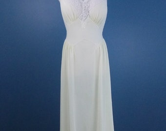 Light Yellow Vanity Fair Full-length Sheer Night Gown