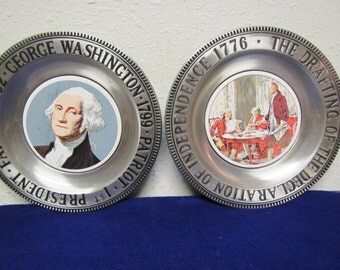 """2 plates ; George Washington  1st President  and The drafting of The Declaration of Independence 1776 """" Pewter & Porcelain plates"""