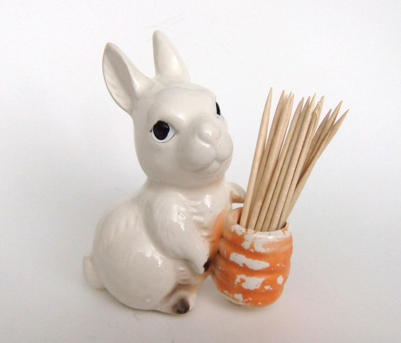 Vintage rabbit carrot toothpick holder vintage by vintagebyjade - Toothpick holder for purse ...