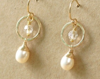 Gold bridal earrings, pearl drop earrings wedding, bridal earrings pearl, gold circle earrings - Ava