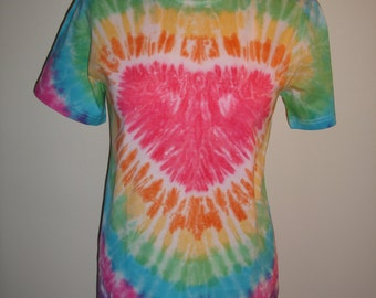 Tie dye t-shirt in a rainbow  heart design for children.