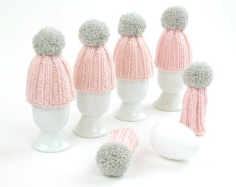 egg cosy light pink with light gray bobble knitted egg warmer for table decoration merino wool little gift thank you Easter Christmas