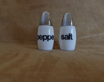 Vintage Westinghouse Gemco Milk Glass Salt Pepper Shakers, black & white typography