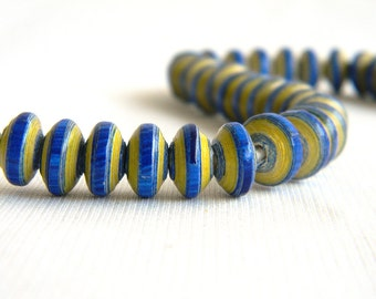 Paper Bead Jewelry Supplies - Paper Beads - Hand painted - Lot of 32 - #129B
