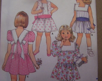 Butterick 3720, sizes 2,3,4  Girls, dress, UNCUT sewing pattern, Children's dress, craft supplies