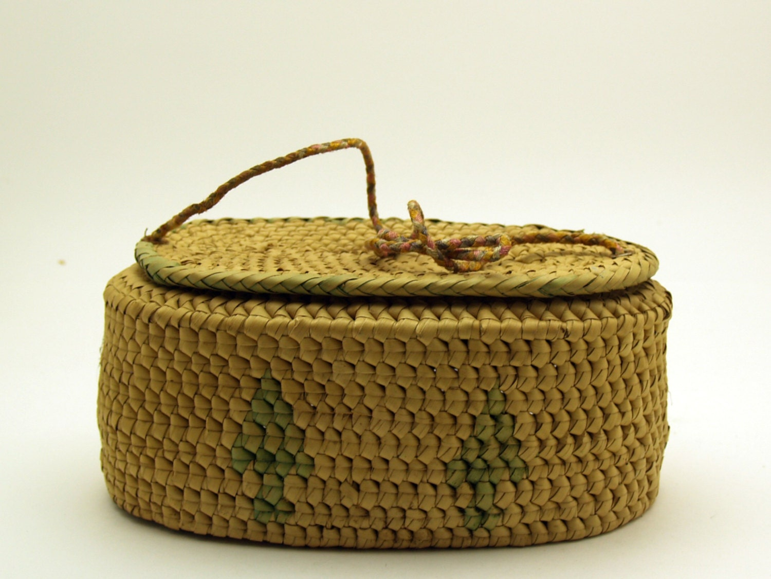 Woven Basket Purse : Vintage woven grass basket purse or sewing
