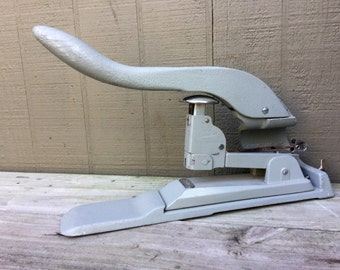Heavy Duty Swingline Stapler