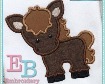 Horse Applique - This design is to be used on an embroidery machine. Instant Download