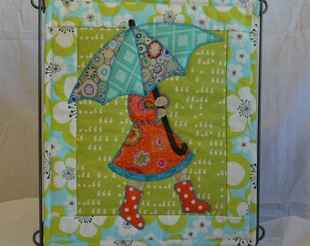 April Showers, April Monthly Mini Quilt Pattern - PATTERN