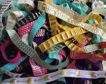 "20 Yard Grab Bag Metallic Print 5/8"" Fold Over Elastic - FOE for DIY Hair Ties & Headbands - Perfect for Birthday Parties or Showers"