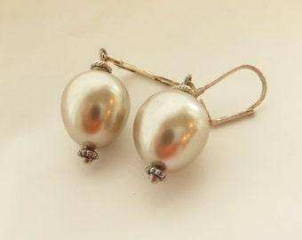 Earrings, Pierced Earrings, Faux Pearl Earrings, Dangle Earrings, Lever Back Earrings, Teardrop Earrings, Gift for Her, Vintage Earrings