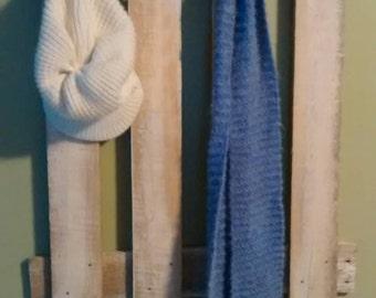 Pallet wood coat hanger