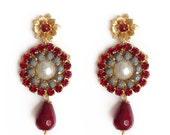 Daisy flower earrings burgundy