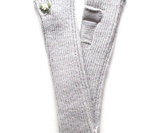 Women's knitted lambswool fingerless mittens/pulse warmers/arm warmers/fingerless gloves/gray/black/red