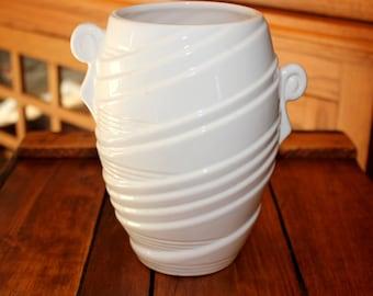 Exceptional Vintage Art Deco ~ Larry Laslo for Sigma ~  White Pottery Vase