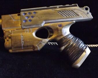 Steampunk Gun (prop)