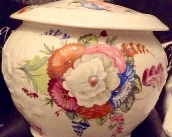 Vintage The National Trust Staffordshire 19th Century Reproduction Large Porcelain Potpourri Jar