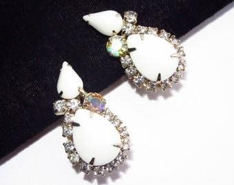 Vintage White Rhinestone Earrings Clip On
