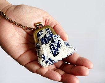 Handmade beadwork sequins coin purse necklace
