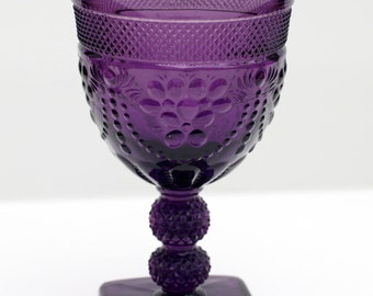 Chroma pattern by Imperial Glass in Amethyst Purple
