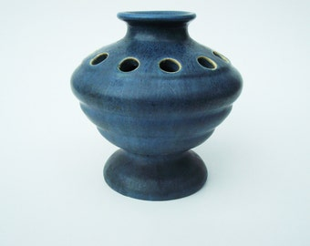 Early Camark Pottery Flower Frog Vase Shape #633 w/Label Hand Thrown Matte Blue