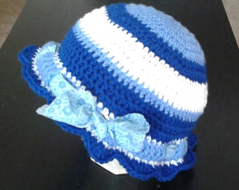 CROCHETED FUNKY HAT with bow pattern