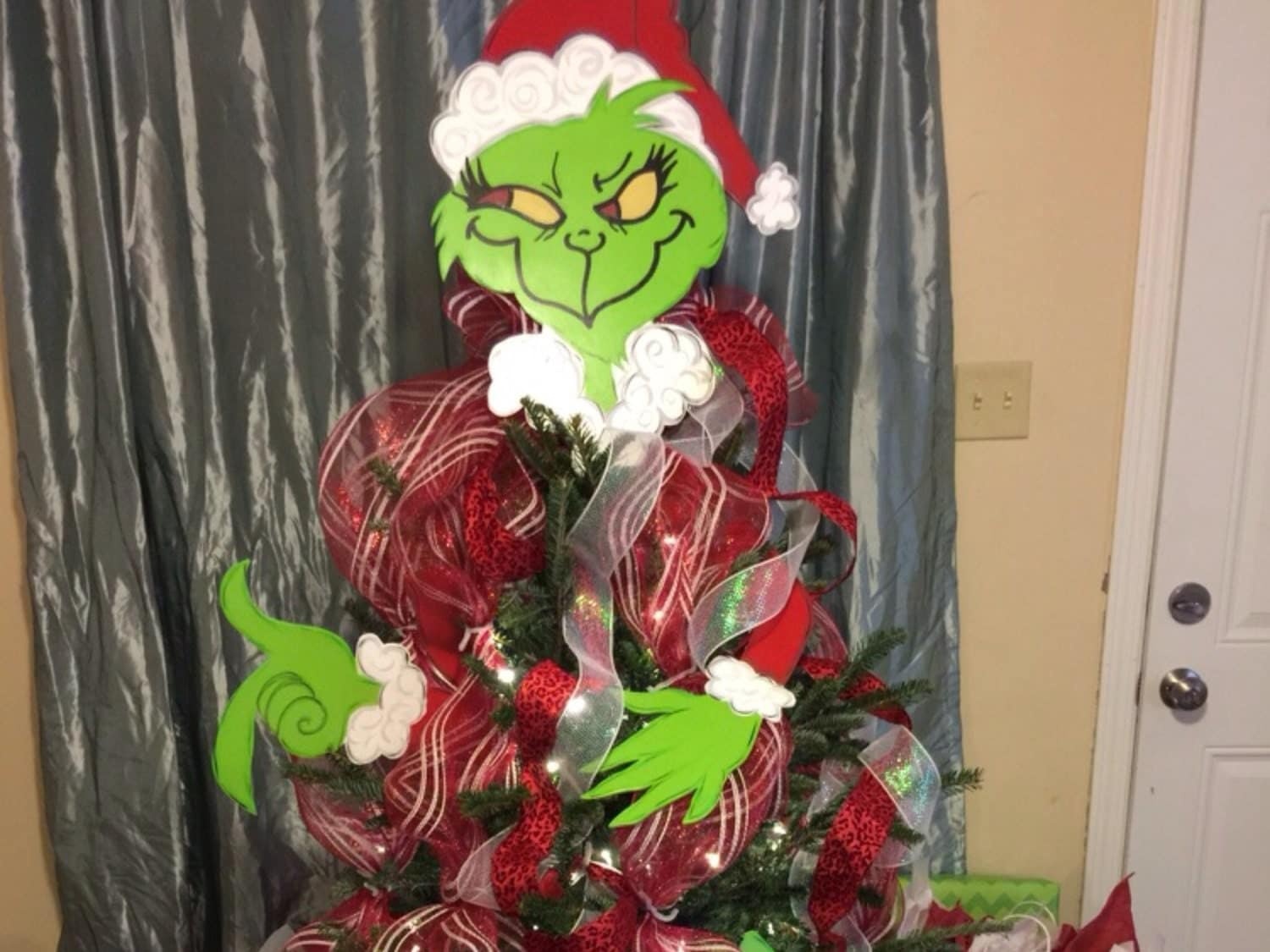Cake Decorating Classes Burnaby : grinch tree - 28 images - grinch tree display nov 9 royal city nursery, whoville tree www imgkid ...