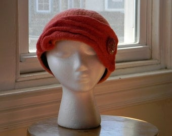 Felted women's wool hand-knit hat coral toque 1940s style Czech glass button