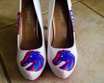 Bosie State high heels.