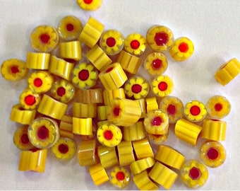 REF MU01 _ Transparent yellow millefiori slices COE 104 - Yellow and red murrini flowers - 60-65 pieces of murrini chips 4-6 mm