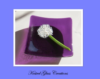 Pretty purple dish with a little flower