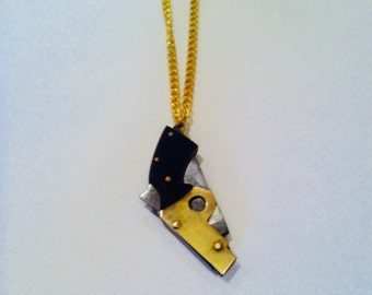 Mini gun knife necklace, made with a real folding pocket knife! Vintage (new stock).