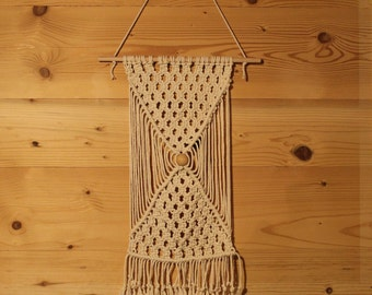 Macrame wall, suspension, cotton and wood bead
