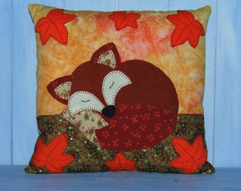 Sleeping Fox Applique Cushion Sewing Pattern PDF by  Wendy  Wadge