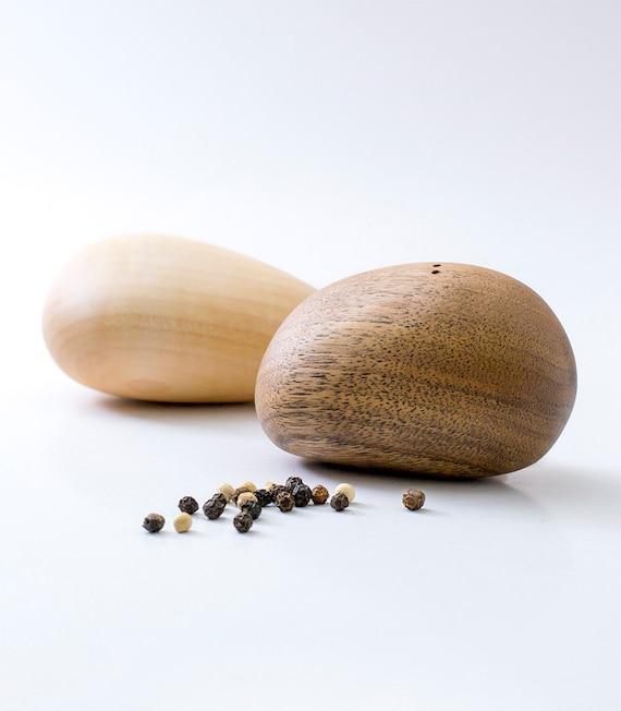 Modern Salt And Pepper Shakers Elegant Wooden Stones