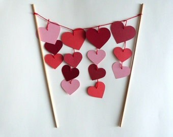 Heart Cake Topper Decoration // Heart Garland Valentines Day Decor // Paper Hearts Decoration // Red and Pink Romantic Cake Topper
