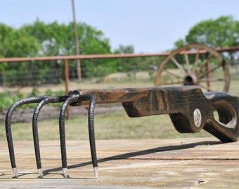 Texas Back Scratcher
