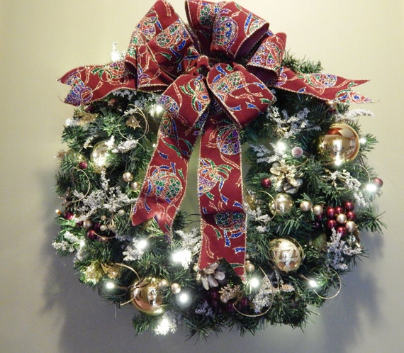 christmas wreath holiday wreath lighted wreath by. Black Bedroom Furniture Sets. Home Design Ideas