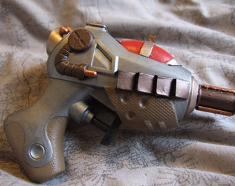 Steampunk/Science Fiction laser pistol 3 - Unique - Hand made sculpture/show piece/movie prop.
