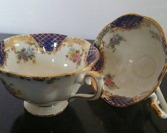 "2 Royal Albert Empress Series ""Isabella "" Cups"